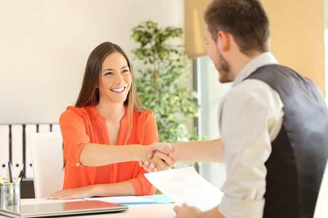 How To Extend a Job Offer That'll Be Accepted
